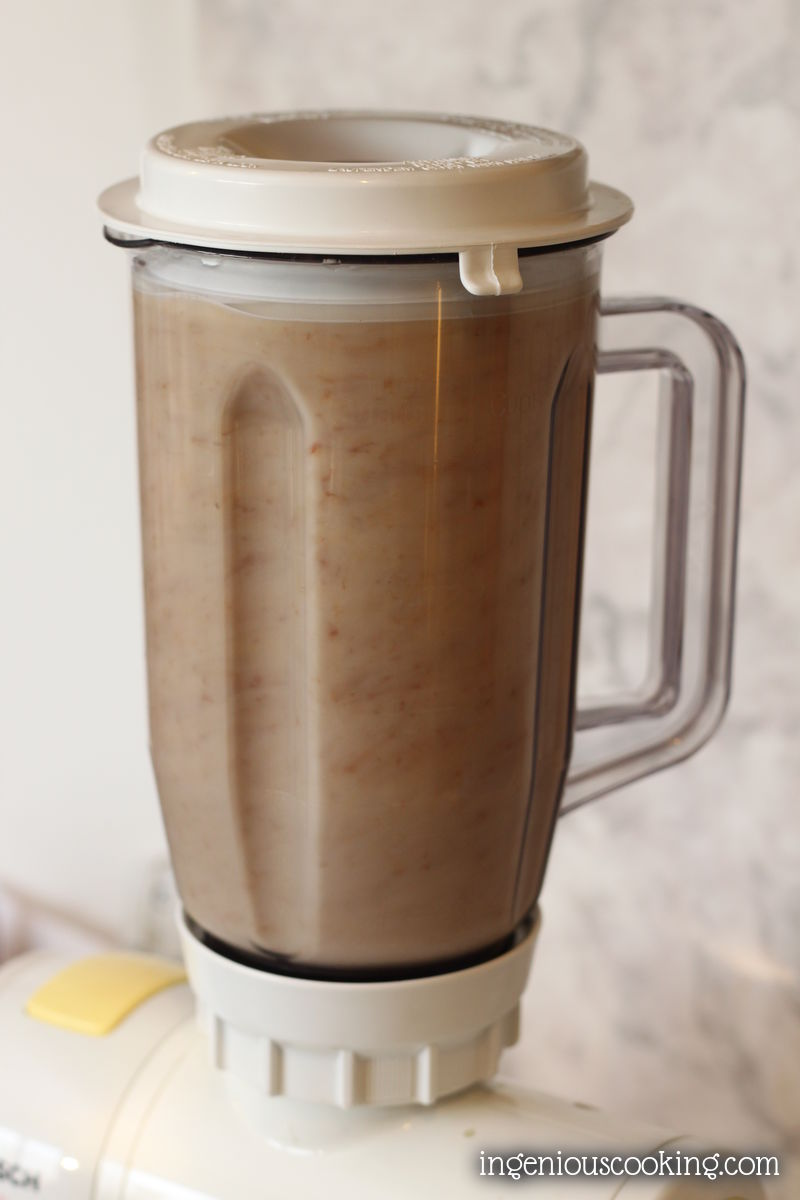 Homemade almond milk, the way You like it