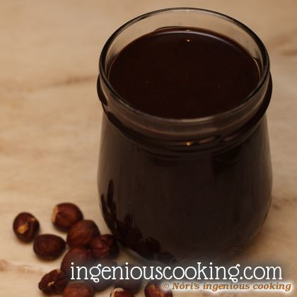Homemade hazelnut spread (nutella) without sugar, dairy and all those bad fats