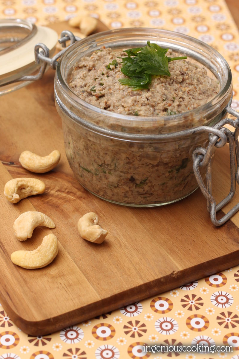 #Vegan mushroom cashew pate #glutenfree |ingeniouscooking.com