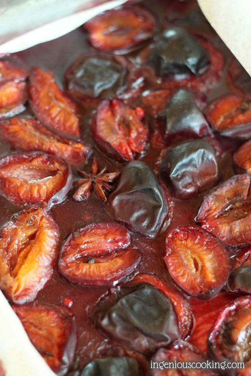 Spicy red wine roasted plum oatmeal chia breakfast muffins #vegan #glutenfree #diabetic #sugarfree |ingeniouscooking.com