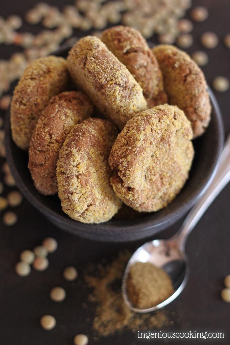 Oven baked lentil falafels - #glutenfree #vegan recipe |ingeniouscooking.com